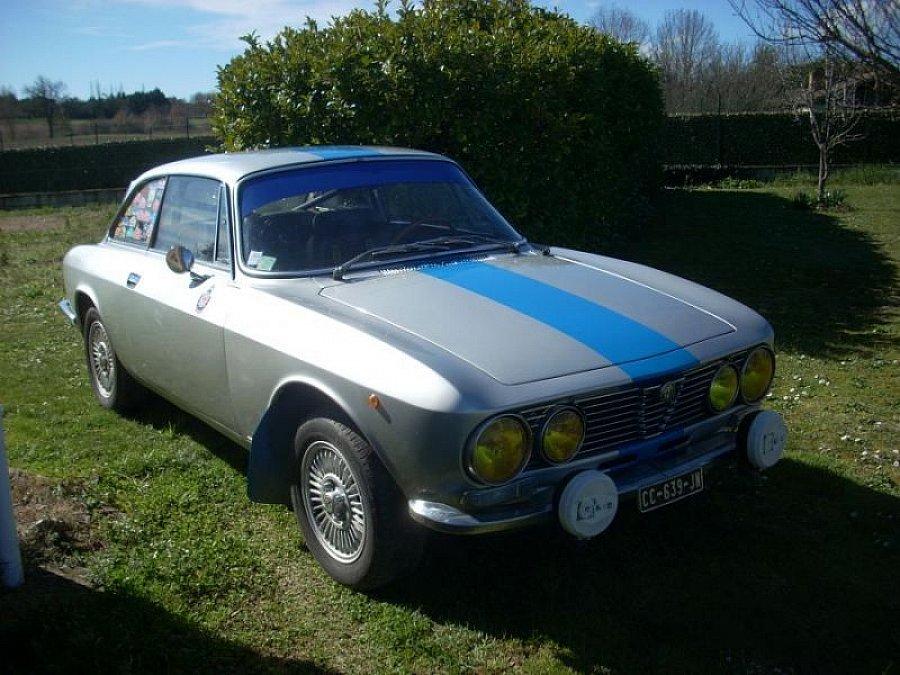 Avis ALFA ROMEO COUPE BERTONE 2000 GTV coupé 1972 par GASCON