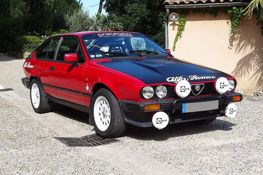 ALFA ROMEO GTV 916 2.0 V6 Turbo coupé 1986