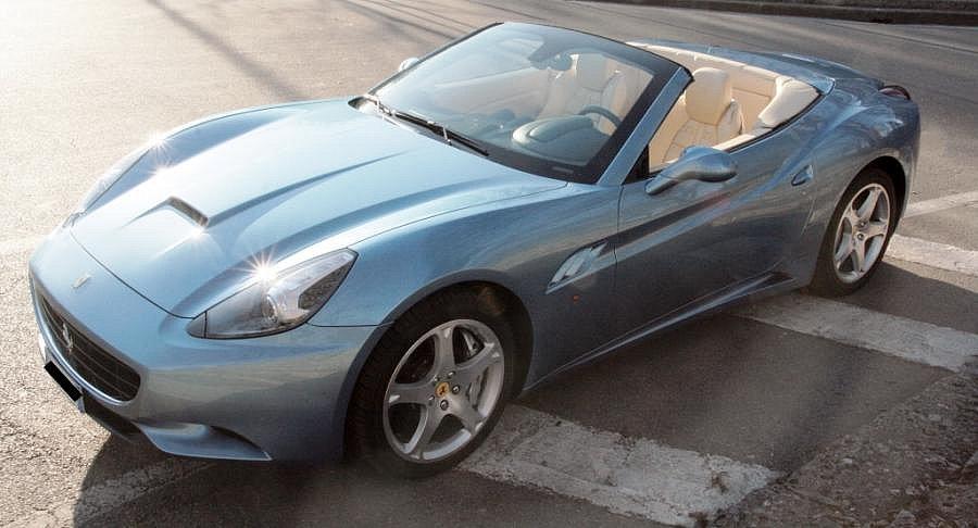 Avis FERRARI CALIFORNIA 4.3 V8 460 ch cabriolet 2009 par ASC
