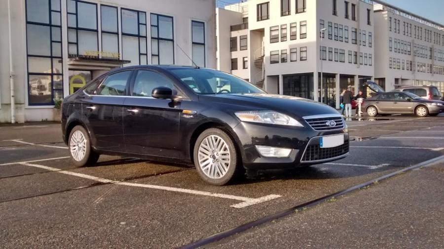 FORD MONDEO IV 2.5 T 220 berline 2008