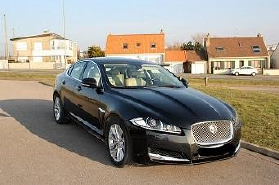 avis jaguar xf i 3 0 d v6 240ch fap berline 2011 par 612 motorlegend. Black Bedroom Furniture Sets. Home Design Ideas
