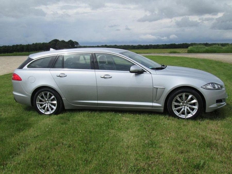 avis jaguar xf sportbrake i 3 0 d 240 fap break 2013 par motorlegend. Black Bedroom Furniture Sets. Home Design Ideas