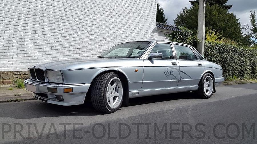 Avis JAGUAR XJ Sovereign 4.0 berline 1990 par private-oldtimers