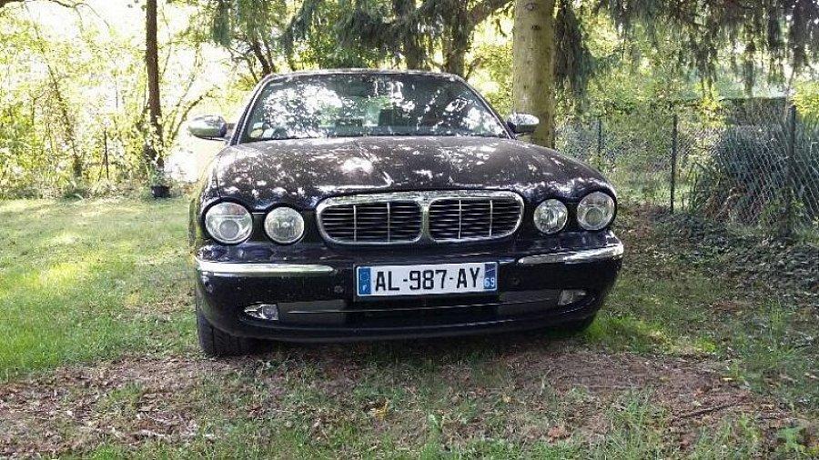 Avis JAGUAR XJ SUPER V8 berline 2004 par