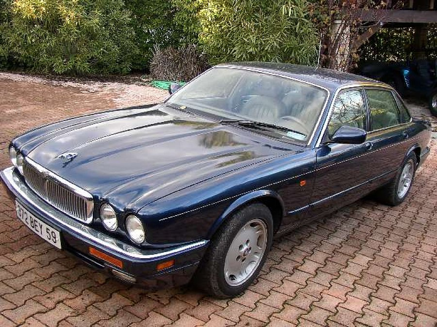 avis jaguar xj6 serie iii 3 4l berline 1995 par membre ml. Black Bedroom Furniture Sets. Home Design Ideas