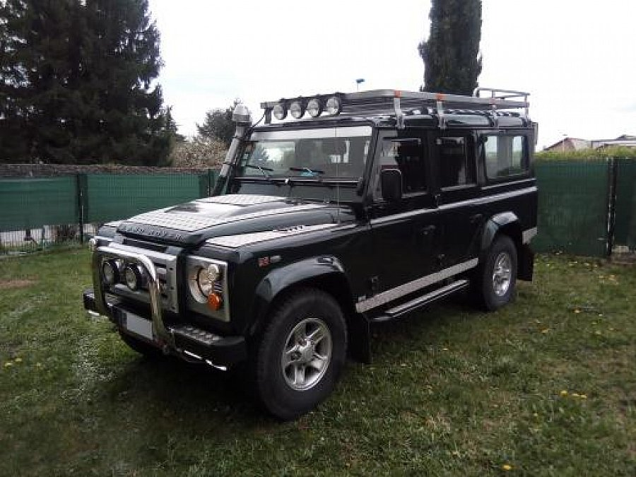 LAND ROVER DEFENDER IV 110 Station Wagon 4x4 2011