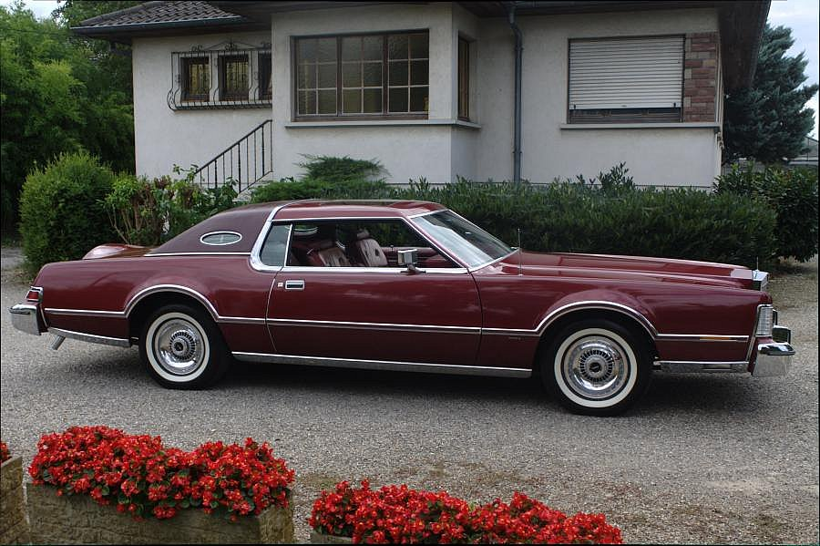 LINCOLN CONTINENTAL Mark V coupé 1976