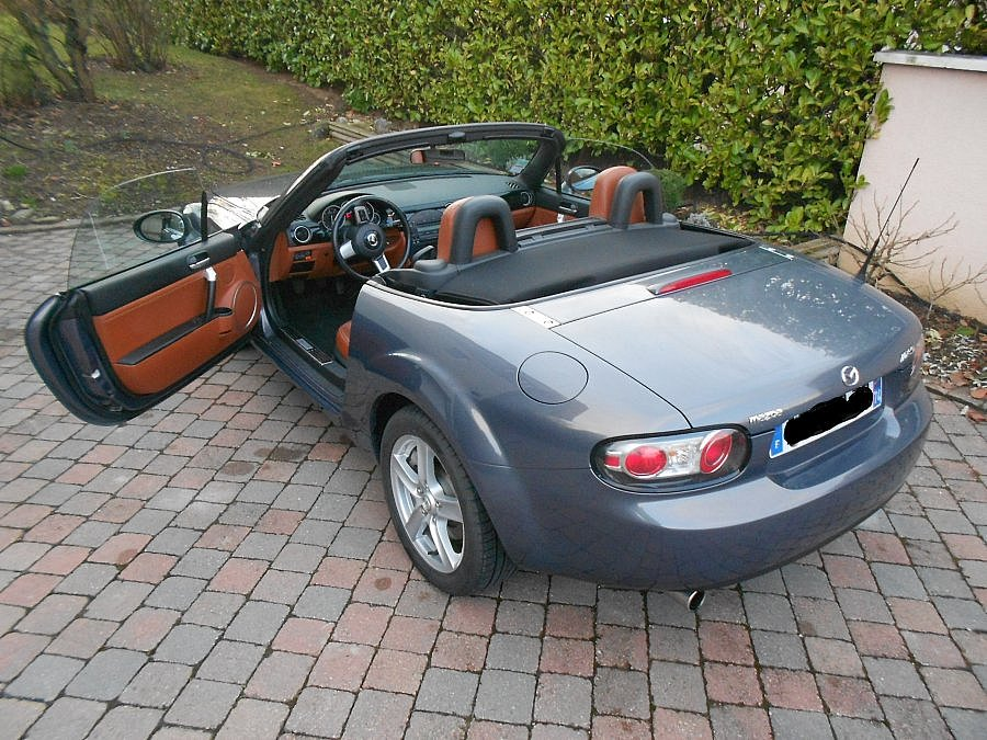 avis mazda mx 5 na cabriolet 2006 par daragonp motorlegend. Black Bedroom Furniture Sets. Home Design Ideas