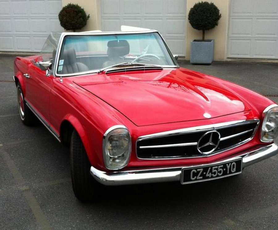 MERCEDES 280 W113 SL Pagode cabriolet 1968