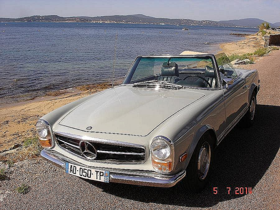 MERCEDES 280 W113 SL Pagode cabriolet 1971