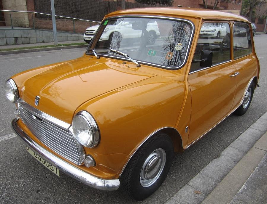 Avis MINI CLASSIQUE 850 berline 1970 par gumo