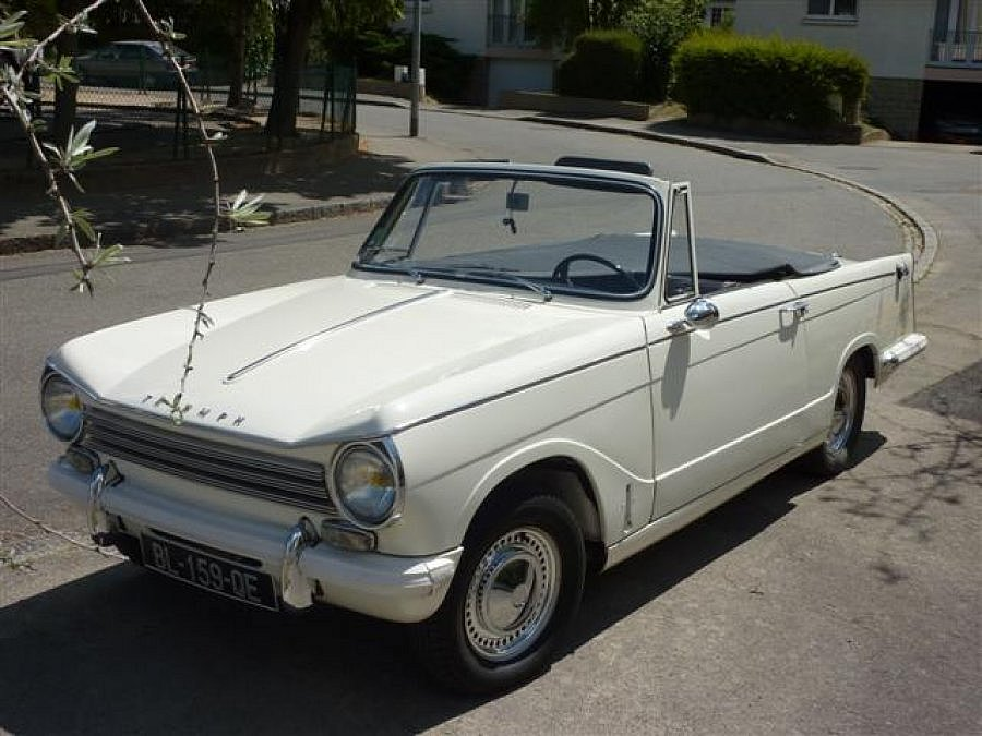 avis triumph herald 13 60 cabriolet 1970 par denis perrier motorlegend. Black Bedroom Furniture Sets. Home Design Ideas