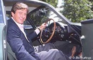 ASTON MARTIN DB4 GT Zagato - Louis Vuitton Classic 2002   - Page 1.com