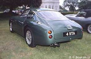 ASTON MARTIN DB4 GT Zagato - Louis Vuitton Classic 2002   - Page 2.com