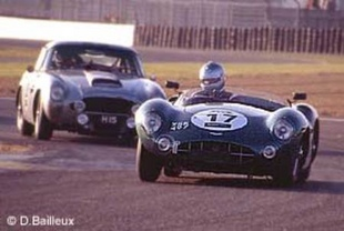 ASTON MARTIN DBR 1 - Le Mans Classic 2002   - Page 1.com