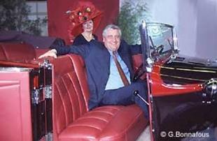 AUBURN Type 8-98 A - Salon du Cabriolet & du Coupé 2002.com