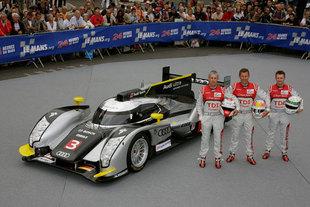 AUDI R18 TDI - 24 Heures du Mans 2011  .com