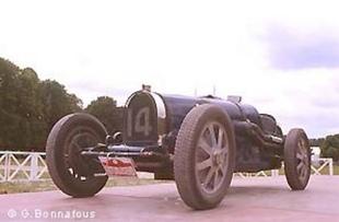 BUGATTI Type 51 - Festival Automobile Historique 2004   - Page 1.com