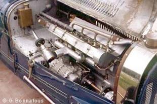 BUGATTI Type 51 - Festival Automobile Historique 2004   - Page 2.com