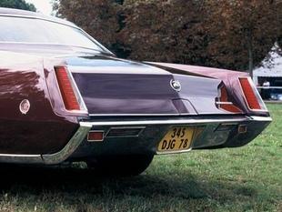 CADILLAC Fleetwood Eldorado - Festival Automobile Historique 2005   - Page 3.com