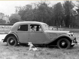 CITROEN Traction - Saga Citroën   - Page 1.com