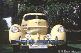 CORD 812 à compresseur - Grande Parade de Mulhouse 2001   - Page 1.com