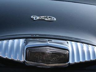 DAIMLER 2,5 L V8 - Autojumble de Beaulieu 2006   - Page 3.com