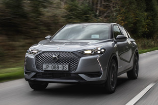DS 3 Crossback E-Tense Performance Line+