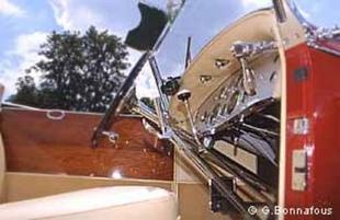 DUESENBERG J 1928 - Louis Vuitton Classic 2002   - Page 1.com