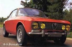 Les modèles de production Bertone - La Carrosserie Bertone  Reportage - Page 3.com