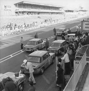 La R8 Gordini en course - Histoire - Page 3.com