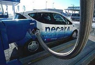 NECAR, la pile à combustible de Mercedes - Saga Mercedes  Reportage - Page 4.com