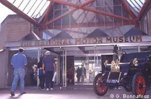 Le National Motor Museum - Autojumble de Beaulieu 2003  Musée - Page 1.com