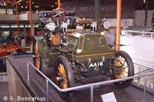 Le National Motor Museum - Autojumble de Beaulieu 2003  Musée - Page 3.com
