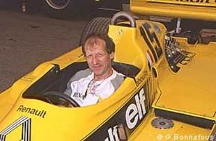 La restauration de la Renault RS 01 - Grand Prix de l'Age d'Or 2002  Reportage - Page 3.com