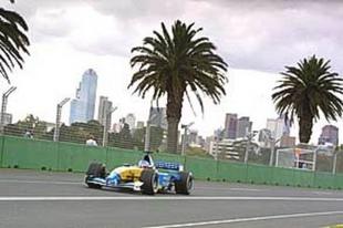 La restauration de la Renault RS 01 - Grand Prix de l'Age d'Or 2002  Reportage - Page 5.com