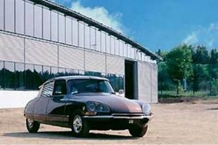 Un siècle d'innovation - Le renouveau du design Citroën  Reportage - Page 3.com