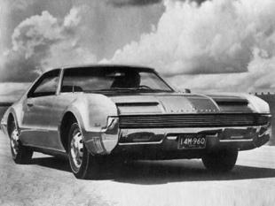 La genèse de la Toronado - Oldsmobile Toronado  Reportage - Page 3.com