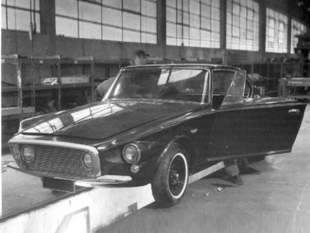 Les Chrysler Ghia - La Carrosserie Ghia  Reportage - Page 2.com