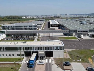 Visite de l'usine Motorsport - BMW Motorsport  Reportage - Page 1.com