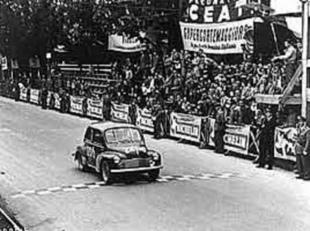 Le mythe s 39 crit en bleu la passion de la comp tition histoire - Garage renault les milles ...