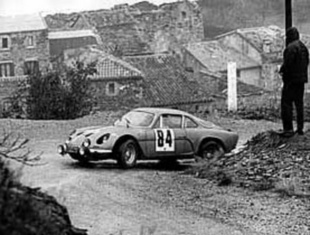 La berlinette 1961 - 1972 - Ils se battent pour la piloter Histoire.com