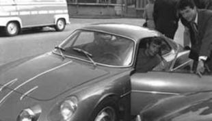 La berlinette 1961 - 1972 - Le moteur de la R 16 Saga Alpine A 110  Histoire.com