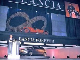 Les défis de l'avenir pour Lancia - Le centenaire Lancia  Reportage - Page 1.com