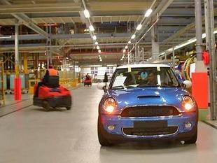 L'usine Mini à Oxford - Retour aux sources du phénomène Mini  Reportage - Page 2.com