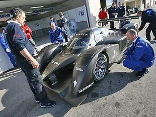 908 : 20000 km de tests pour être prête - Le Mans : Peugeot à l'assaut d'Audi  Reportage - Page 1.com