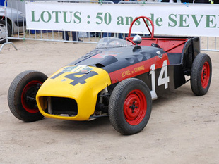 Les Seven en piste - La Lotus Seven a 50 ans  Histoire - Page 1.com