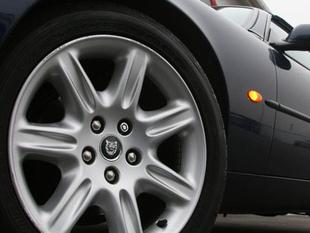 Quel cabriolet pour l'été à moins de 30 000 euros ? - Freinage, direction et pneus Comparatif auto.com