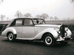 Historique après-guerre - Saga Rolls-Royce  Histoire - Page 1.com