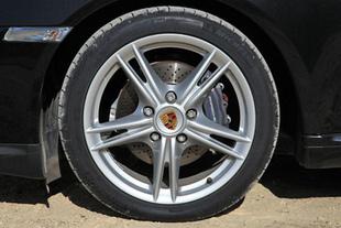 Nissan 370 Z / Porsche Cayman - Mécanique et châssis Comparatif auto.com